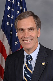 220px-Tom_Allen_110th_Congressional_portrait.jpg