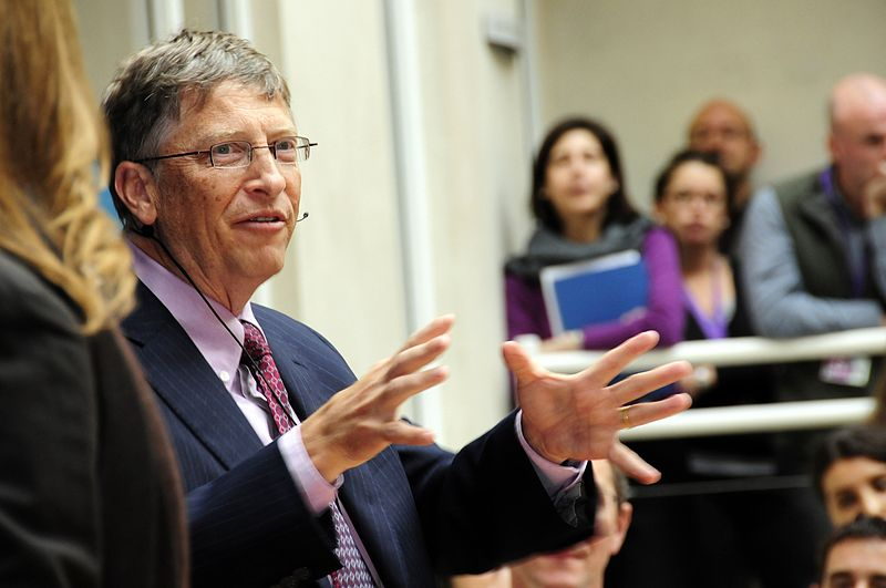 Bill_Gates_speaks_to_staff_at_DFID